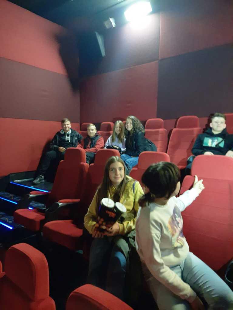 Kino 2.jpeg