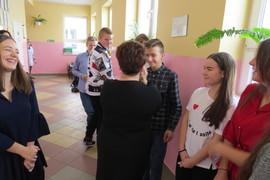 Galeria Życzenia świąteczne od pani Barbary Kubik, dyrektora naszej szkoły