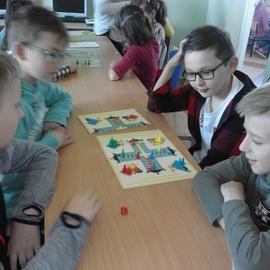 """Galeria Turniej gier dla uczniów klas 4-6 połączony z warsztatami pt.: """"Mały programista"""""""