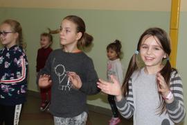 """Galeria Przedszkolaki na """"tańczącej przerwie"""""""