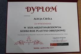 Galeria Wyróżnienie dla Alicji Cieśli, uczennicy klasy VII