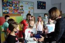 Galeria Uczniowie klasy II wspierają WOŚP 2021