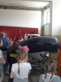 Galeria Maluchy z wizytą w Państwowej Straży Pożarnej w Oleśnie