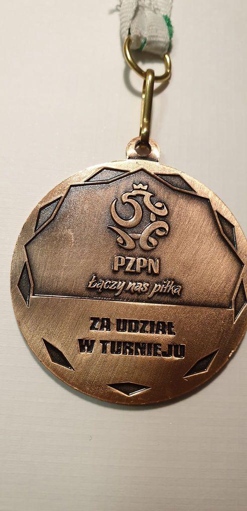 medal rewers.jpeg